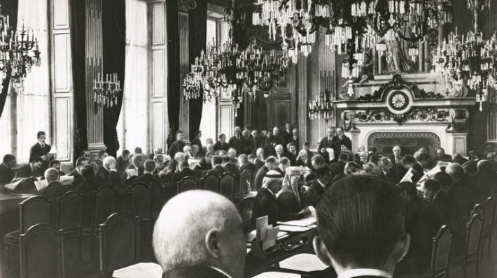 Rahukonverents Pariisis.Foto: Prantsusmaa välisministeeriumi arhiiv