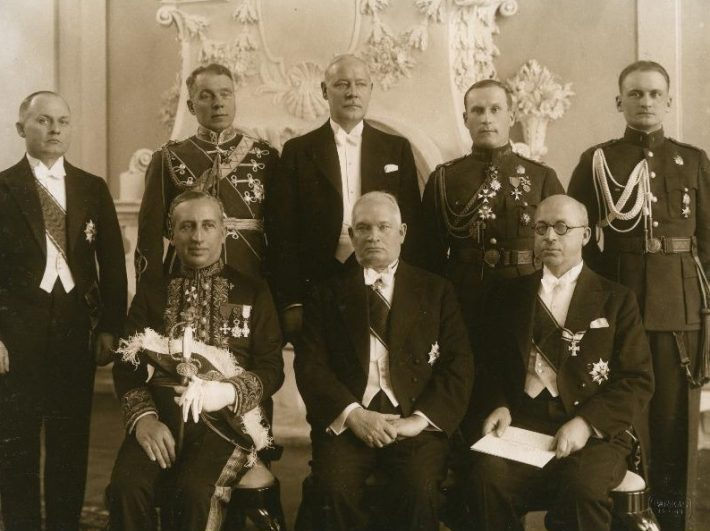 Italian Ambassador Vincenzo Cicconardi (first from the left) presenting his credentials to State Elder of the Republic of Estonia Konstantin Päts (second), Minister of Foreign Affairs Julius Seljamaa (third); standing (from the left): State Secretary Karl Terras, Major General Gustav Jonson, Commander-in-Chief of the State Elder, Jaan Mölder, Director of the Administrative Department of the Ministry of Foreign Affairs, Lieutenant Colonel Herbert Grabbi, Senior Commanding Officer of the State Elder, Junior Lieutenant Oskar Põder, Junior Commanding Officer of the State Elder. Photograph: National Archives