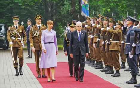 The president of Italy in Kadriorg. Photograph: Office of the President of the Republic
