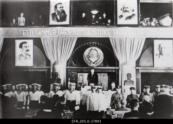 First sitting of the Riigikogu elected under the conditions of occupation. Photograph: Nädal Pildis 1940