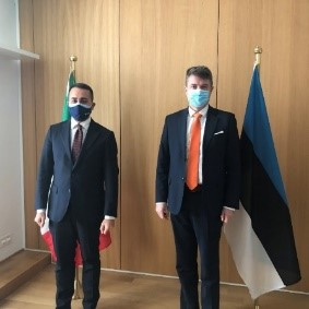 Minister of Foreign Affairs Urmas Reinsalu (right) and Italian Minister of Foreign Affairs Luigi Di Maio in Brussels on 25 January 2021. Photograph: Archives of the Ministry of Foreign Affairs